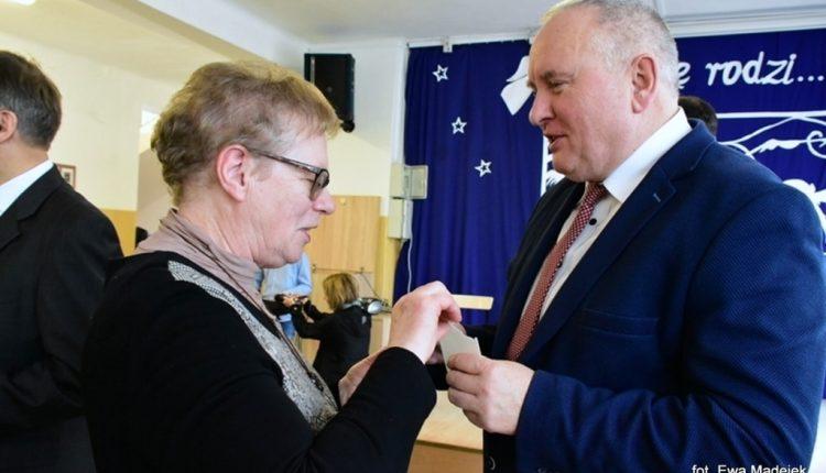 """""""Musicie mieć w sobie coś z orłów"""" - Spotkanie Opłatkowe Szkół Prymasowskich"""