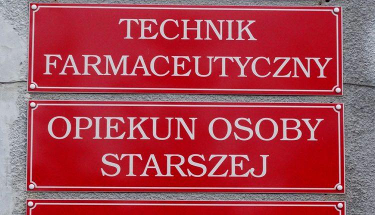 Medyczne Studium Zawodowe w Biłgoraju Szkoła Policealna, medyk (2)