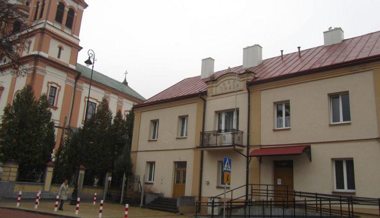 Parafia Trójcy Świętej i Wniebowzięcia Najświętszej Maryi Panny w Biłgoraju, Kościół (5)