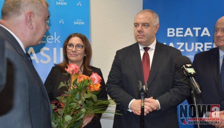 Biuro Poselskie Beaty Mazurek i Jacka Sasina już otwarte (film)