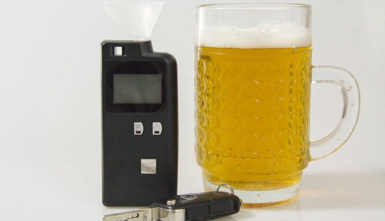 policja, alkohol, pijany kierowca