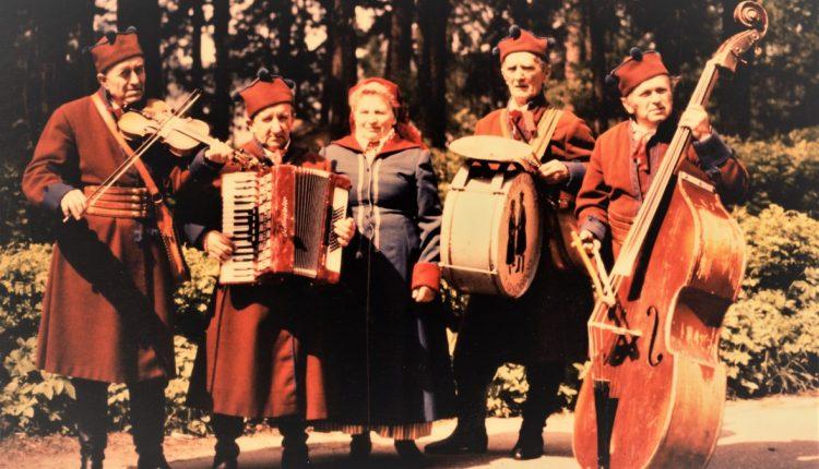 Od lewej: Albin Korniak, Bolesław Piętak, Janina Lembryk, Leon Rak i Jan Piętak
