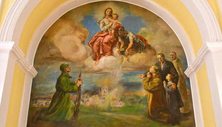 3. Fresk Płonący Biłgoraj we wrześniu 1939 roku. Fot. Tomasz Ferens