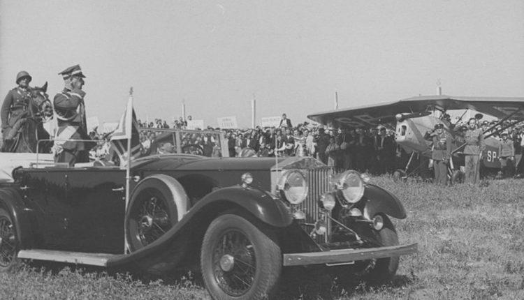 Wręcznie sztandaru 3 pal Leg. przez marsz. Śmigłego, Zamość 1938