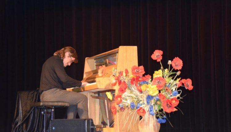 Koncert pianistyczny w TOK Tarnogród (20)