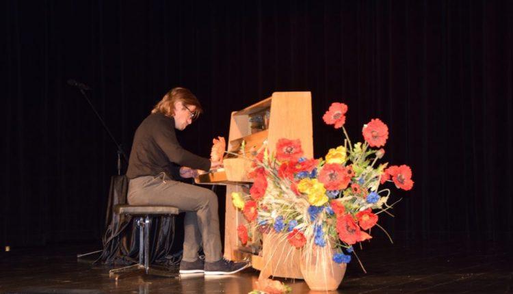 Koncert pianistyczny w TOK Tarnogród (3)