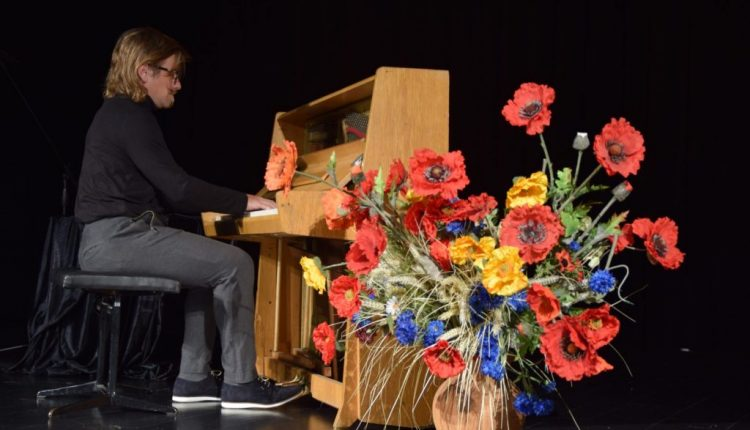 Koncert pianistyczny w TOK Tarnogród (4)