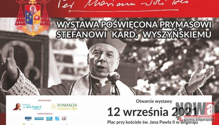 Parafia Jana Pawła II wystawa Per Mariam Wyszyński 6.09.2021 plakaty i banery