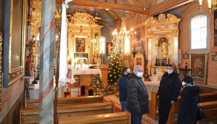 Kościółek w Bukowinie (13)