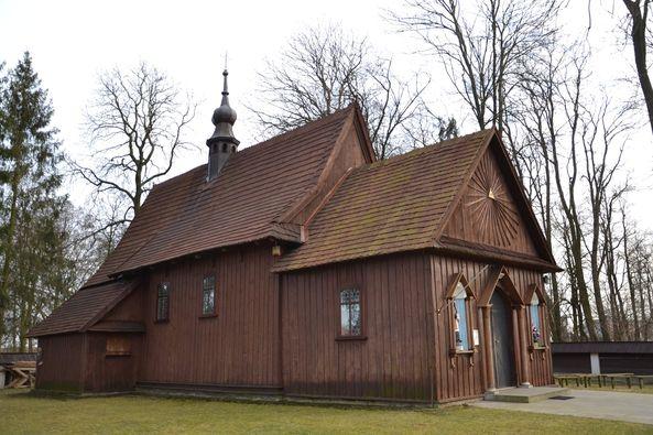 Kościółek w Bukowinie (19)
