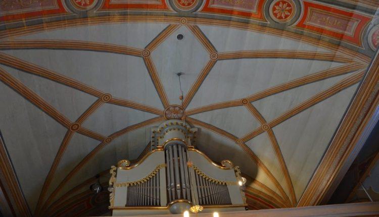 Kościółek w Bukowinie (3)
