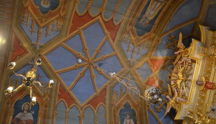 Kościółek w Bukowinie (9)